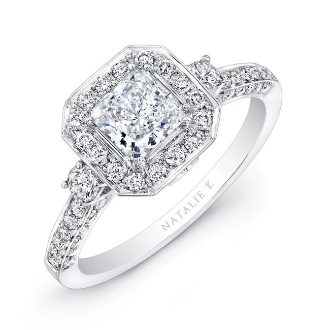 18k white gold round diamond square halo diamond e. Black Bedroom Furniture Sets. Home Design Ideas