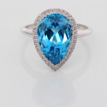 14K White Gold Topaz Ring